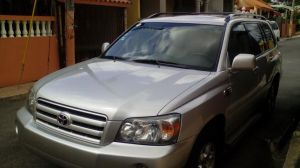 Martires' new car to use for ministry throughout the Dominican Republic.